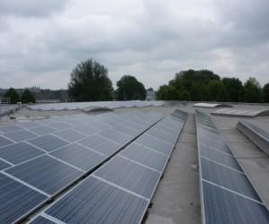 Zonnestroom installatie (350 PV panelen, 84 kWp) Handelsmaatschappij